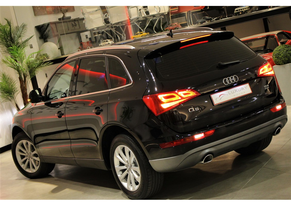 audi q5 3 0 tdi quattro s tronic advance luxury motor. Black Bedroom Furniture Sets. Home Design Ideas